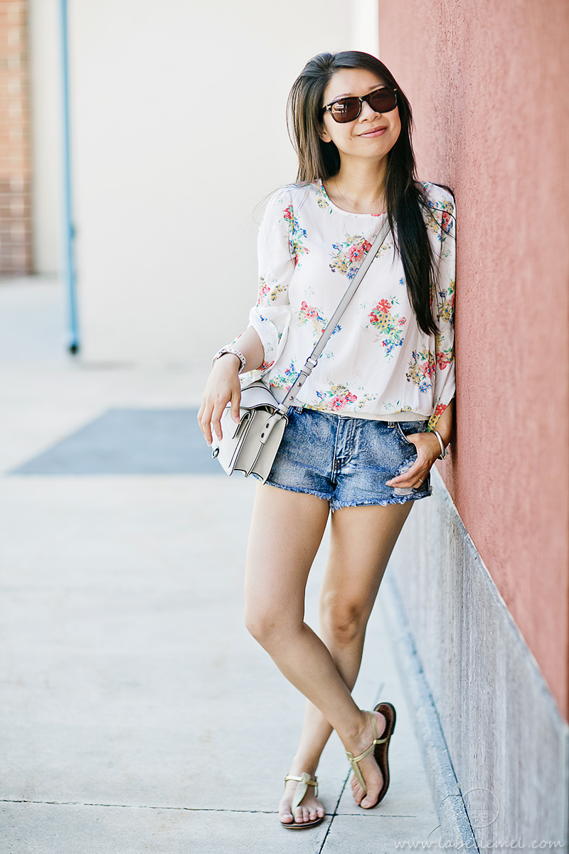 LaBelleMel_Flowy_Sleeved_Floral_Top_Cutoff_Shorts_2