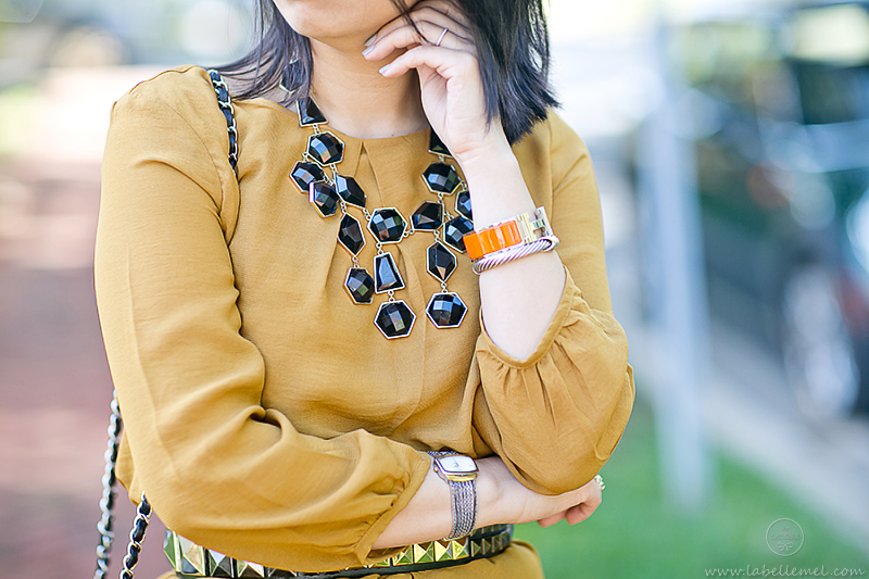 LaBelleMel_Marigold_Shift_Dress_Black_Accessories_5